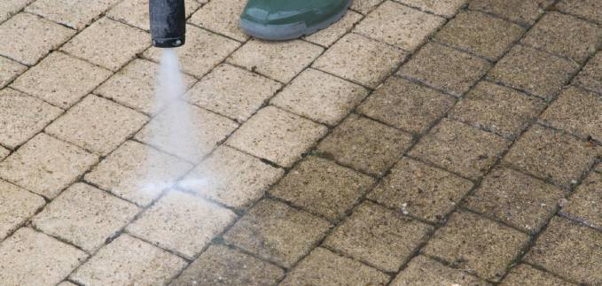 driveway cleaners services in Woking